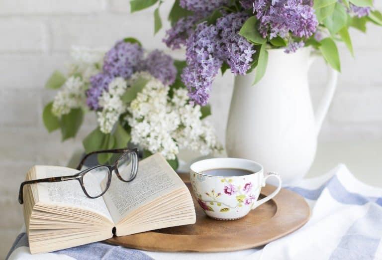 coffee, book, flowers-2390136.jpg
